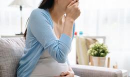 10 mẹo giảm chứng ợ nóng khó tiêu khi mang thai