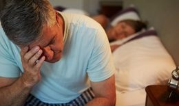5 dấu hiệu cảnh báo mãn dục ở nam giới – Cần làm gì để bền bỉ hơn?